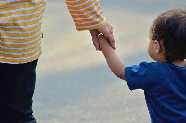 delito de maltrato infantil
